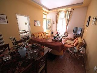 holidays apartment very close to the beach old and new town venecian harbour - Chania vacation rentals