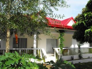 VILLA SERENITY BORACAY - Visayas vacation rentals