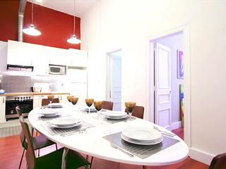 MANHATTAN apt, City center! up to 6! - Barcelona vacation rentals