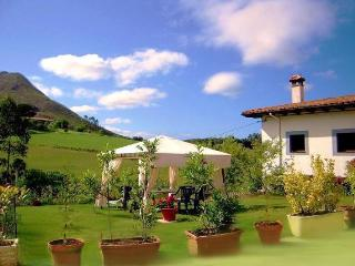 San Juan Ribadesella Cottage - Ribadesella vacation rentals