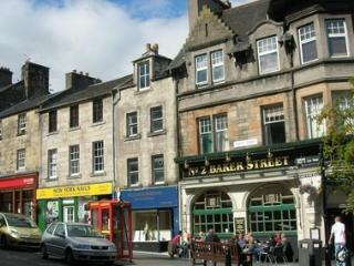 Stirling city centre holiday apartment - Stirling vacation rentals