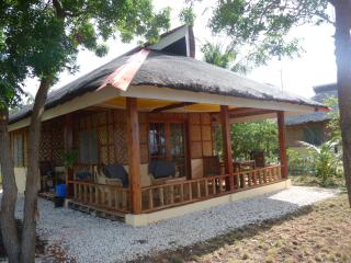 ming´s native guesthouse - Larena vacation rentals