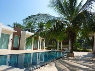 Stunning Poolside Villa - Hua Hin vacation rentals