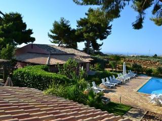 Villa Ulivo with swimming pool - Menfi vacation rentals