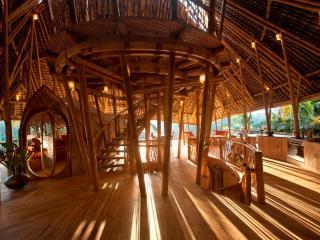 Stunning all Bamboo Home near Ubud - Ubud vacation rentals