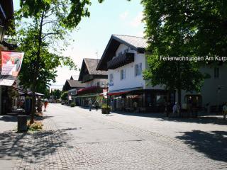 Vacation Apt. Am Kurpark Apt.2 - Garmisch-Partenkirchen vacation rentals