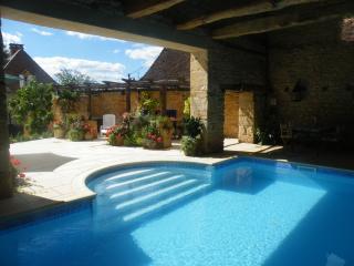 Lachaud 24390 Granges d'Ans - Hautefort vacation rentals