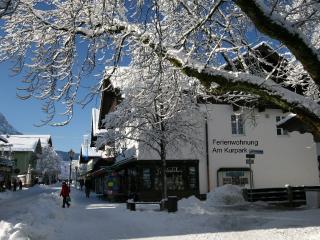 Vacation Apt. Am Kurpark Apt3 - Garmisch-Partenkirchen vacation rentals