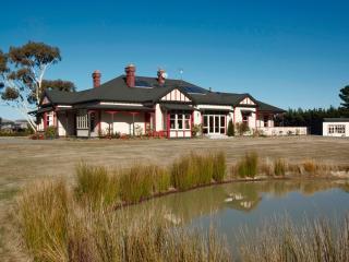 Woodgrove Homestead B&B - Hanmer Springs vacation rentals