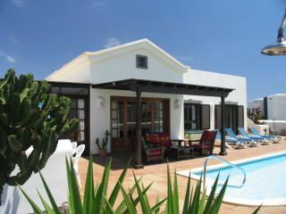 Casa Rosulida - Playa Blanca vacation rentals