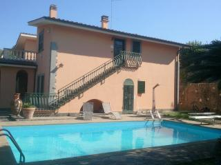 Holiday home Roma (Lariano) - Lubriano vacation rentals