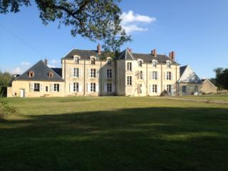 Chateau de Chesne - Vierzon vacation rentals
