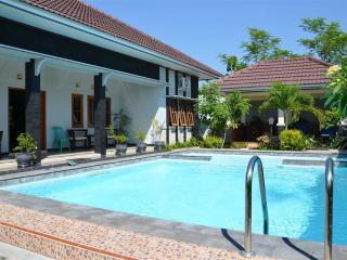 Luxury villa near Yogyakarta - Klaten vacation rentals