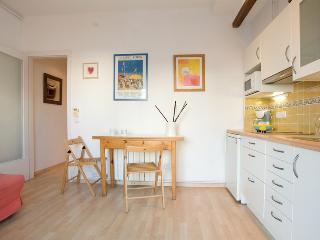 ANA: COZY, CENTER, WIFI, TERRACE! - Sitges vacation rentals