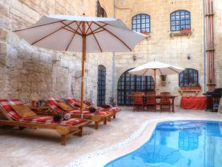 Id-Dwejra House of Character - Zejtun vacation rentals