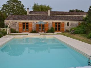 Tournesol (inc. 1 bed Gite) - Cozes vacation rentals