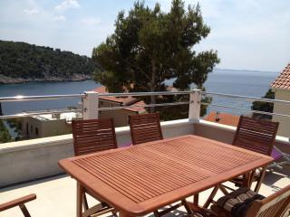Apartment Franceska - Cove Makarac (Milna) vacation rentals