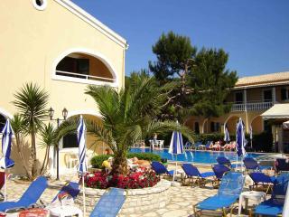 Solaris 1Bedroom Apt Kassiopi Corfu - Kassiopi vacation rentals