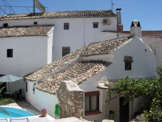 Lirio Azul Holiday Home - Priego de Cordoba vacation rentals