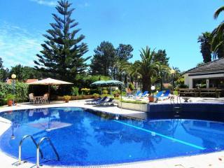 Villa das Palmeiras - Charneca da Caparica vacation rentals