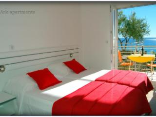 Ark 4* Suites by the beach - Split vacation rentals