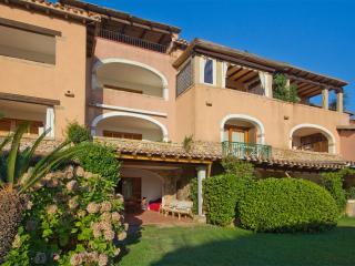 Porto Rotondo- Residence L'Aldiola Apartment - Porto Rotondo vacation rentals