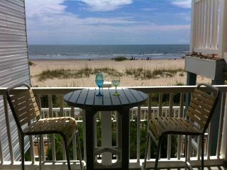 Oceanfront condo sleeps 6, Ocean Cove - Ocean Isle Beach vacation rentals
