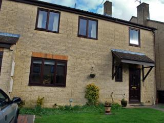Gateway to the Cotswolds - Swindon vacation rentals
