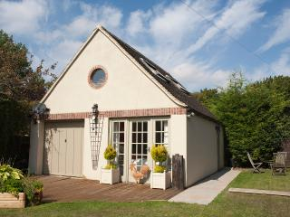 The annexe at number One - Cirencester vacation rentals