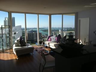 La Perla. Sunny Isles Beach. Panoramic Ocean VIew - Sunny Isles Beach vacation rentals
