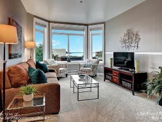 1 Bedroom ElIiott Bay Oasis! Filling up fast for fall dates! - Seattle vacation rentals