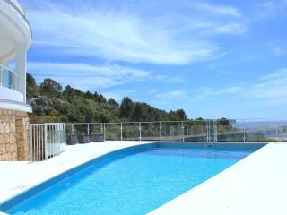 Villa con vistas al mar - Santo Tomas vacation rentals