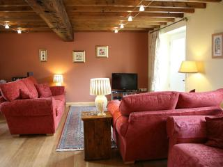 Broadgate Farm Cottages Barn House 4 bed - Beverley vacation rentals