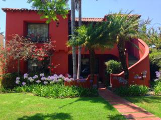Vintage Hollywood Hideaway Near West Hollywood - Palm Springs vacation rentals