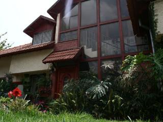 Tarnegol Haaravot - Golan Heights vacation rentals