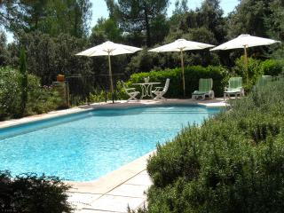 Maisonluberon - Pierrevert vacation rentals