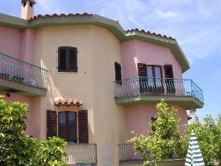 Appartamento in via Sicilia - Orosei vacation rentals