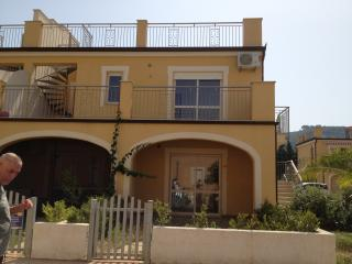 F77 Pizzo Beach Club - Pizzo vacation rentals