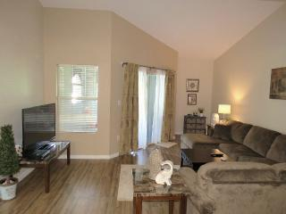 Avalon at Clearwater, luxurious one bedroom - Clearwater vacation rentals