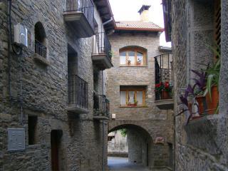 O Trujar - Huesca Province vacation rentals