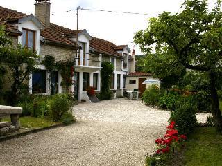 Gite chez JO - Longchamp-sur-Aujon vacation rentals