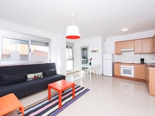 Beach Duplex D fits 6 free parking air con - Grand Canary vacation rentals