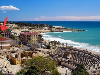 GREAT SEA VIEWS FROM TARRAGONA CITY - WIFI - Tarragona vacation rentals