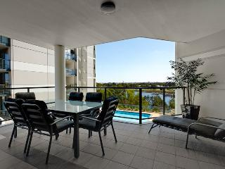 Swan River Luxury Apartment - Perth vacation rentals