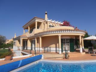 Casa Louisa - Loule vacation rentals