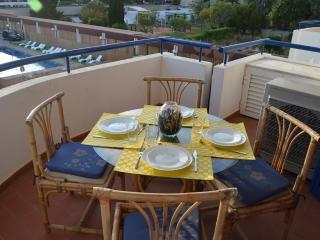 Vilamoura Marina 2 suites apt - Vilamoura vacation rentals