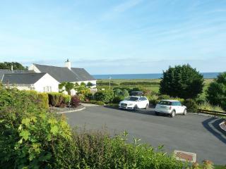 Gorwel Holiday Cottage - Pwllheli vacation rentals