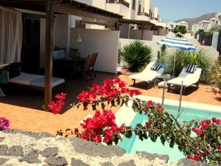 New> 2 Holiday Rooms free Wifi + 130m2 Pool Terass - Playa Blanca vacation rentals