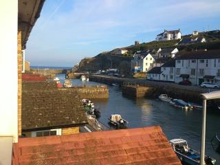 Quayside Cottage - Portreath vacation rentals