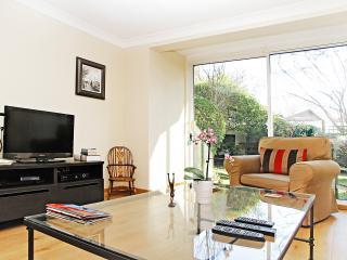 Barnes pied a terre - London vacation rentals